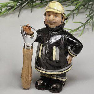 Flaschenöffner mit Feuerwehrmann Figur