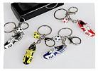 1 Stück Schlüsselanhänger 8cm Fußballschuh + Ball in farblich sortiert 1x  blau, 1x rot , 1x gelb oder 1x schwarz